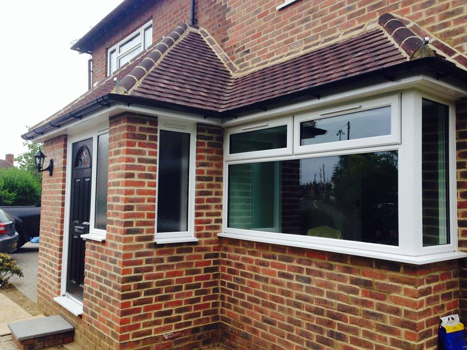Front extension and porch farncome nr godalming for Enclosed front porch house extension
